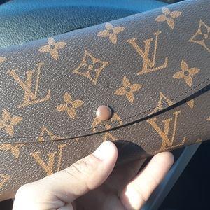 Women's Louis Vuitton wallet
